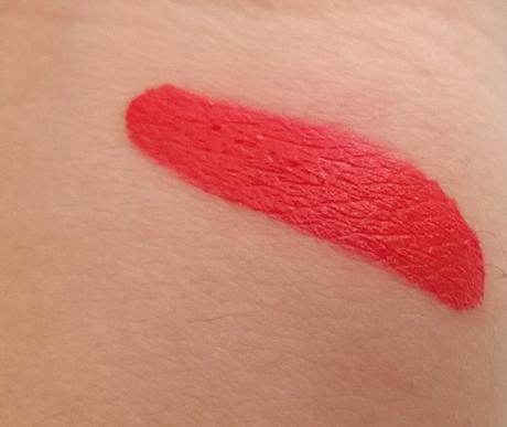 On s'envole à New York avec le Mattfinity Lip Rouge de Mirenesse