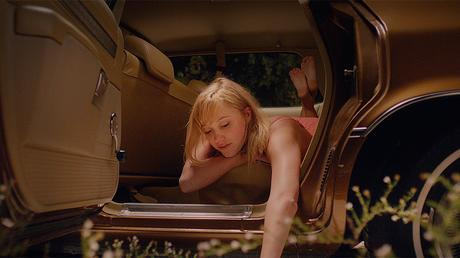 Le flippant It Follows va vous poursuivre en DVD