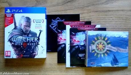 The Witcher 3, même en édition simple, a de faux-airs d'édition collector tant le contenu est important !! (Stickers, manuels, CD de la bande-son, carte du jeu.)