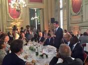 Pour Valls Grèce c'est Papandreou Barcelone foot contre Colau.