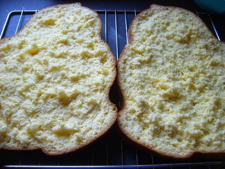 Gâteau de Savoie, crème mousseline et Mandora [Bataille Food #22]