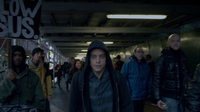 Les critiques // Mr. Robot : Saison 1. Episode 1. eps1.0_hellofriend.mov.
