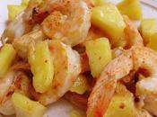 Crevettes sautées aigre-doux piquant l'ananas 凤梨咕噜虾 fènglí gǔlǎo
