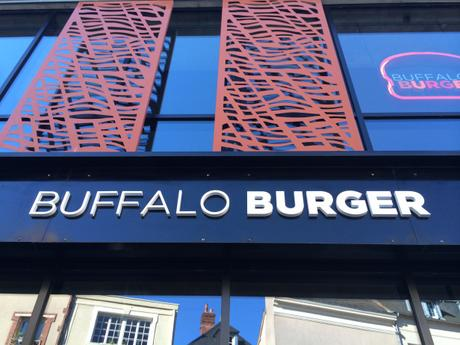 BUFFALO BURGER À CHARTRES : PLEASE TO MEAT YOU