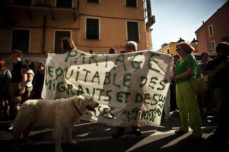 Manifestation en soutien aux migrants samedi 20 juin, à Vintimille (Italie).
