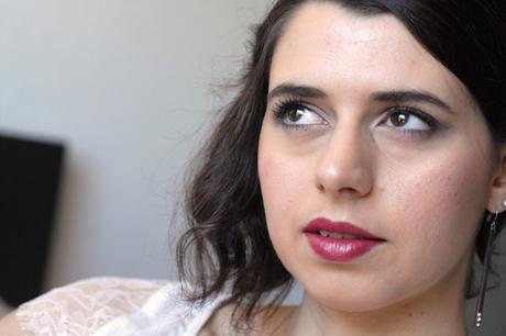 Un fard, deux filles, deux maquillages !
