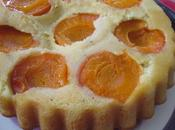 Gâteau renversé abricot-romarin l'huile d'olive