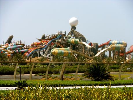 Yas Waterworld, photo de Sarah_Ackerman sur Flickr : https://creativecommons.org/licenses/by/2.0/
