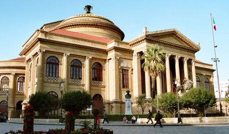 50 things to do in Sicily once in a lifetime teatro massimo
