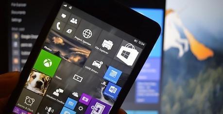 Les caractéristiques du SurfaceMobile, un téléphone fabriqué par Microsoft