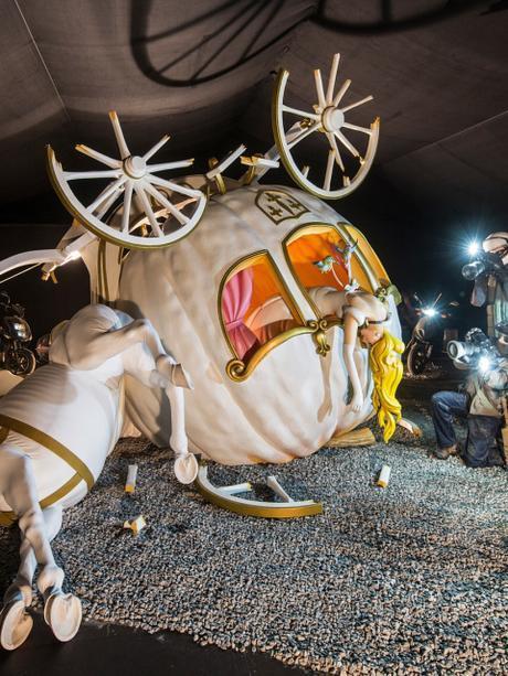 Dismaland : le parc d'attractions imaginé par Banksy