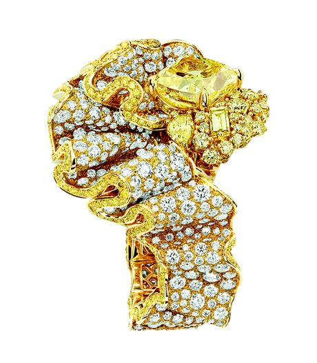 BAGUE FRONCE DIAMANT JAUNE 750/1000e or jaune, diamants et diamants jaunes