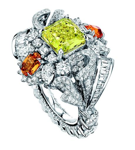 BAGUE PLUMETIS DIAMANT JAUNE JCAD93001 750/1000e or blanc, diamants, diamant jaune et grenats spessartites