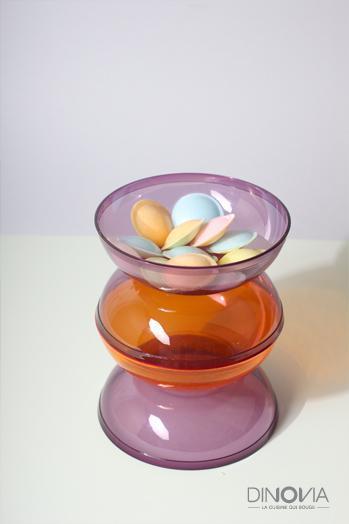 vaisselle plastique colorée