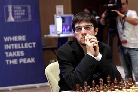 Le joueur d'échecs français Maxime Vachier-Lagrave n'a pas laissé échapper sa chance de passer en 1/4 de finale à Bakou © site officiel