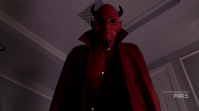 Les critiques // Scream Queens : Saison 1. Episode 1. Pilot.