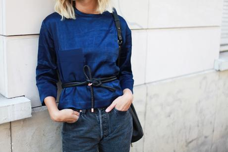 THE BLUE SILK TOP