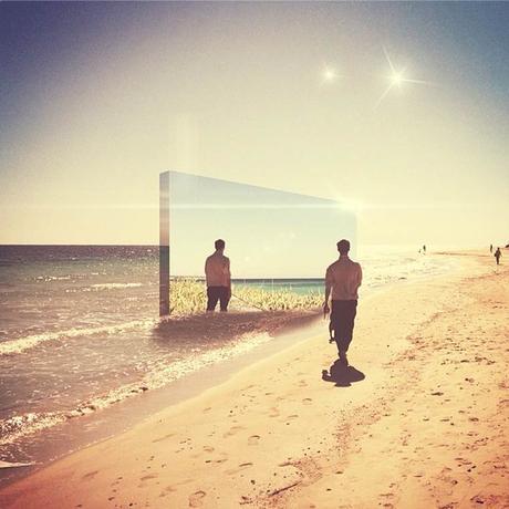 Les  photographies surréalistes de Charlie Davoli