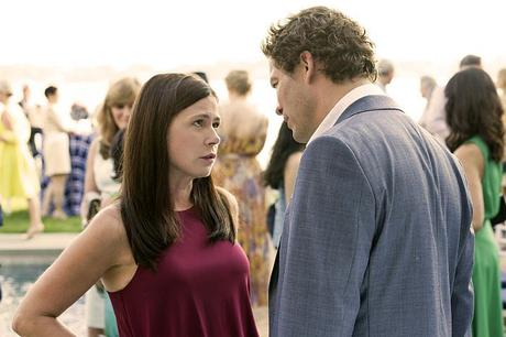 Maura Tierney as Helen and Dominic West as Noah in The Affair (season 1, episode 2). - Photo: Mark Schafer/SHOWTIME - Photo ID: TheAffair_102_6269