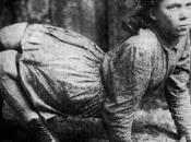 Ella Harper, femme-chameau bête foire