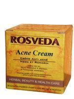 Le neem est décliné en crème, masque et shampooing indien