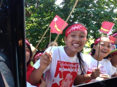 Birmanie: Demain la liberté? Aung San Suu Kyi veut renvoyer la dictature aux poubelles de l'Histoire