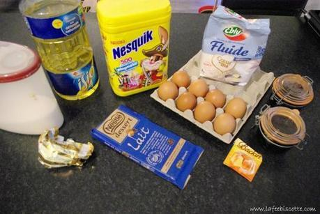 cacao, oeuf, huile, chocolat, gateau, farine, sucre, cerine, donauwelle