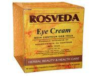 L'huile essentielle de coriandre pour un contour des yeux repulpé