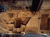 mystère médiéval tombe deux enfants enterrés sous cathédrale Francfort