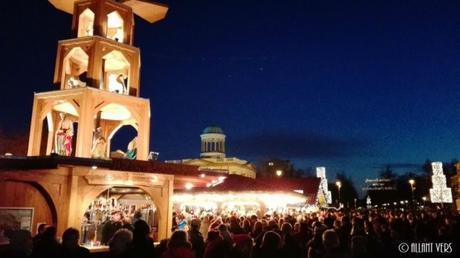 Weihnachtsmarkt-vor-dem-Schloss-Charlottenburg