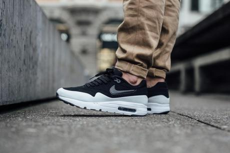 check out fc095 50b9e Nike Air Max 1 Ultra Moire Black White Smoke - Paperblog