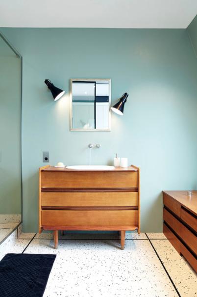 idee de recup idee etagere cuisine etagere palette vin meubles palettes cuisine bouteille en. Black Bedroom Furniture Sets. Home Design Ideas