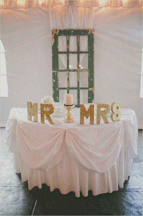 Décoration de mariage pailletée dorée