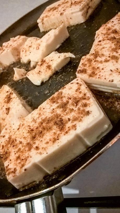 Steak de tofu épicé préparation