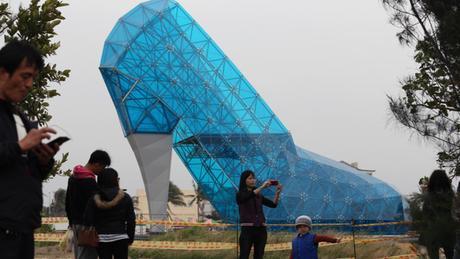 A Taiwan,une église en forme d'escarpin construite pour... attirer les femmes !!