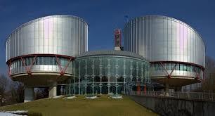 Emprisonnement d'une mère qui ne respecte pas les droits du père: les autorités nationales n'ont pas violé l'article 8 de la Convention EDH