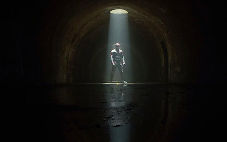 Les critiques // Daredevil : Saison 2. Episode 12. The Dark at the End of the Tunnel.