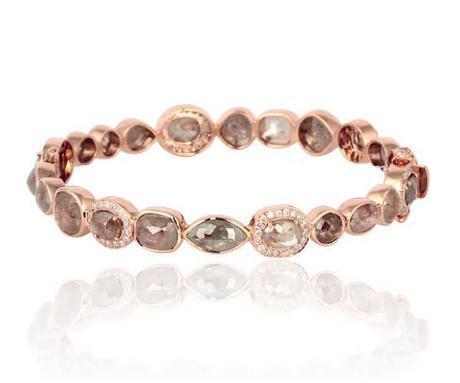 Bracelet luxe en or rose serti clos de diamant slice ou tranché, de différentes formes et nuances.