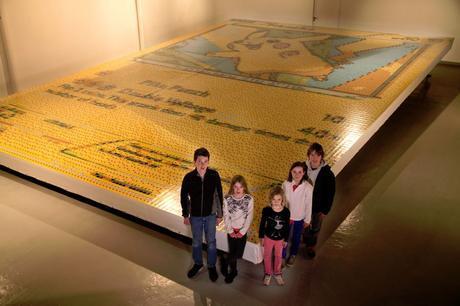La plus grande carte Pokémon du monde livre des records Quentin Devine2566