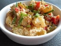 Salade de pommes de terre aux herbes fraiches et poivrons