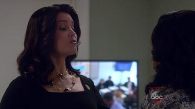 Les critiques // Scandal : Saison 5. Episode 14 & 15. I See You/Pencil's down.