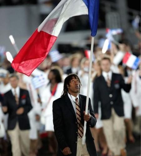 Retour sur les porte-drapeaux français lors des JO d'été | À Voir