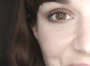 Comment démaquiller yeux avec douceur?