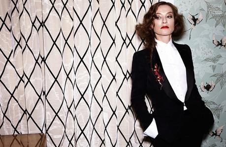 a-guide-to-cool-isabelle-huppert-folkr-12
