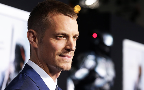 Altered Carbon : Joel Kinnaman au casting de la prochaine série science-fiction de Netflix !