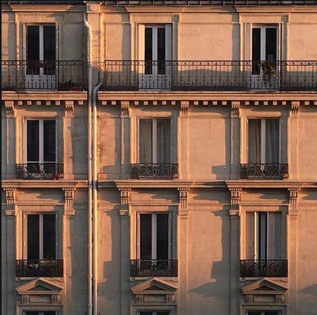 La nouvelle vue d'en face, au soleil couchant et Egoïste (c) D'une île à Paris