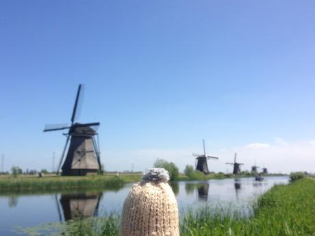 globe-t-bonnet-voyageur-travelling-winter-hat-kinderdijk4