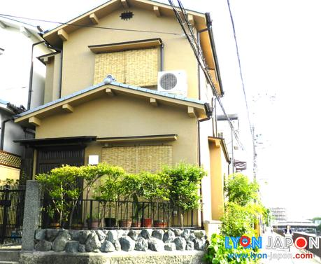 louer une maison de vacances kyoto pour un s jour au japon un must tr s abordable paperblog. Black Bedroom Furniture Sets. Home Design Ideas