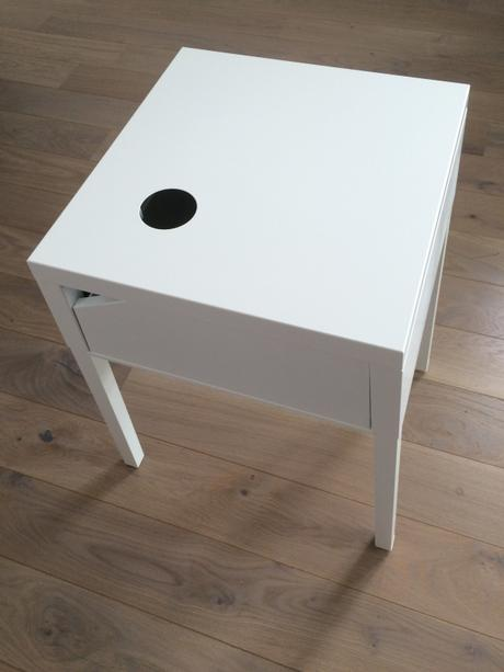 table nuit ikea excellent lampe de chevet design ikea. Black Bedroom Furniture Sets. Home Design Ideas