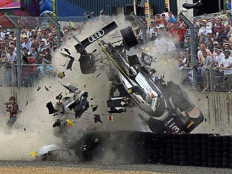 24H du Mans: une histoire de Crashs !